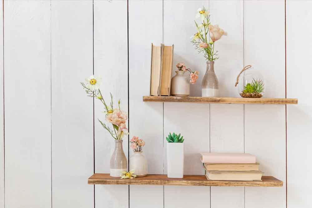How to Hang a Wooden Shelf
